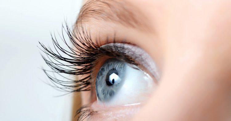8 hábitos que ajudam a cuidar bem dos olhos